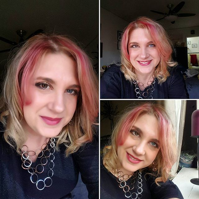Ready for some fun !  #funhair #selfie #color #beauty #makeup #somethingdifferent #fun #night #sparkles #dontworryitsnotpermanent #red