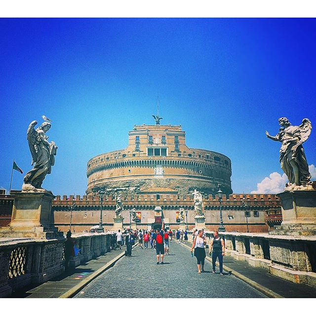 Castel Sant'Angelo #chebellaroma #rome #italy #landscape #stmichael