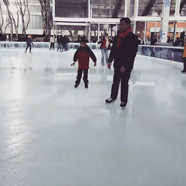 Spinsies !  #iceskating #bryantpark #olympichereicome