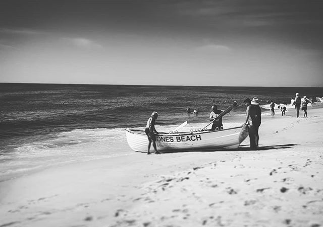 Row, Row, Row Your Boat #jonesbeach #longisland #newyork #beach #boat #ocean #atlanticocean #blackandwhite #lifeguards