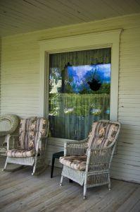 front-porch-1022354-m