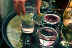 drinking-565345-m