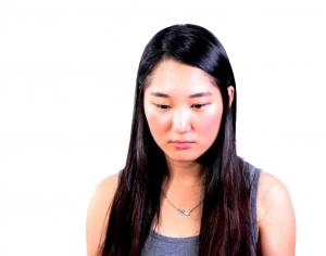 sad-young-woman-1414071-m