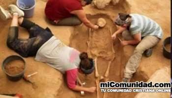 Arqueólogos descubren primer cementerio de filisteos