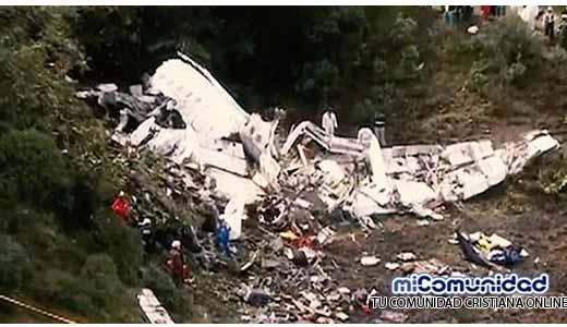 Iglesia Cuadrangular lamenta la muerte de ocho miembros tras accidente aéreo