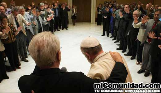 El Papa Francisco celebra Pentecostés con Carismáticos y Evangélicos en el Vaticano