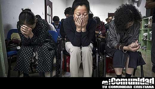 China: Líderes Casa Iglesia son arrestados después de cantar en un parque público