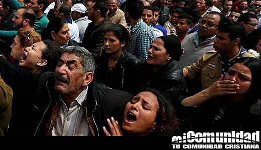 Cristianos egipcios: Multitudes están viniendo a Cristo a pesar de los bombardeos y persecución
