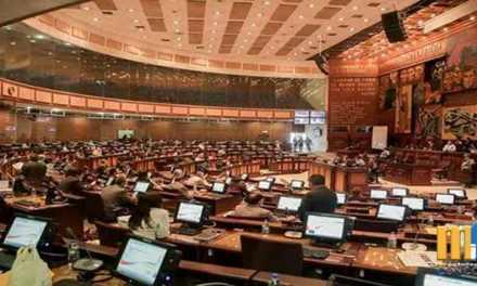 Asamblea Nacional de Ecuador rechaza proforma de Lenín Moreno
