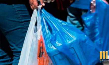 Desde abril del 2020 se deberá pagar USD 0,04 por el uso de fundas plásticas