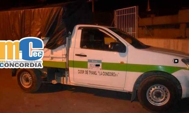 varios sujetos sometieron a conductor y robaron camioneta