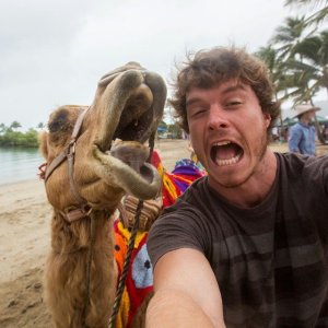 Allan_Dixon_selfie_animal_12