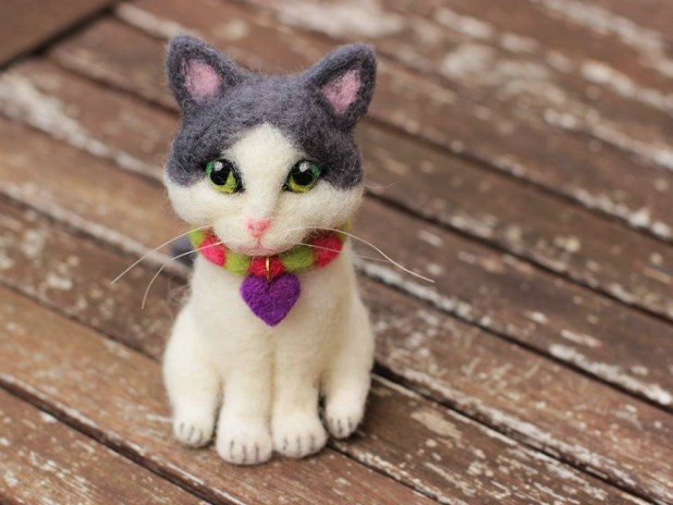 mascota-miniatura-fieltro-modelado-con-aguja41