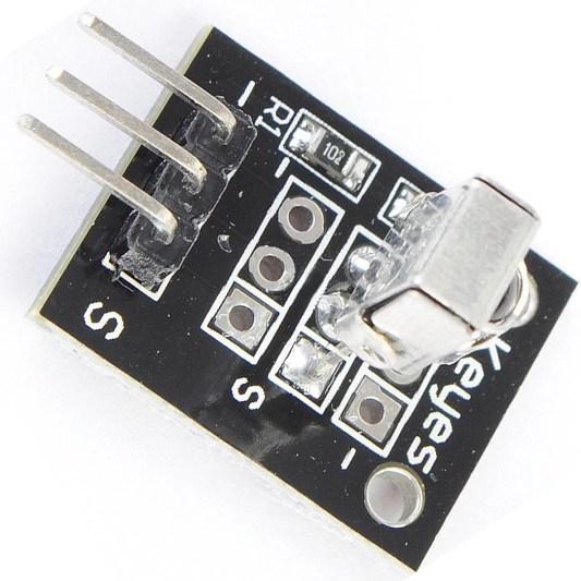 KY-022 IR Vevő