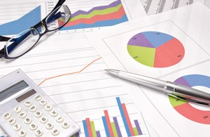 Healthcare KPIs measured through charts and graphs