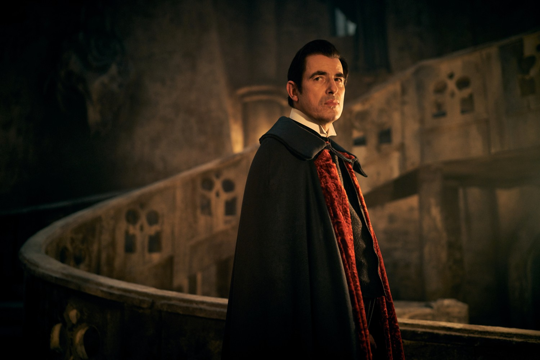 Miniseries: crítica de «Drácula», de Steven Moffat y Mark Gatiss (Netflix)