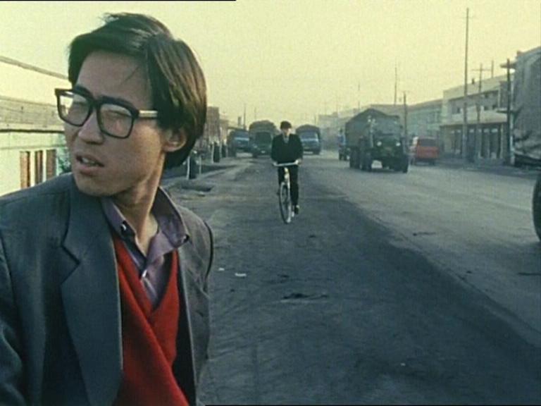 Clásicos online: crítica de «Xiao Wu/Pickpocket», de Jia Zhangke (MUBI)