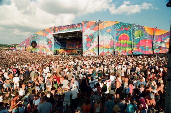 """Estrenos online: crítica de """"Woodstock '99: Peace, Love and Rage"""", de Garret Price (HBO Max)"""