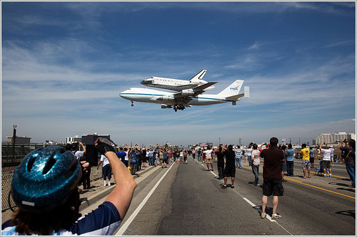 Aterrizando en LAX - NASA/Matt Hedges