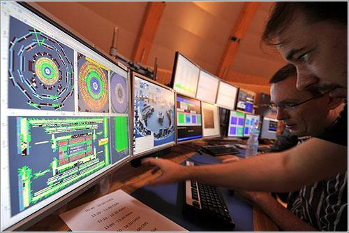 Sala de control del LHC /AP-Spiegen OnLine