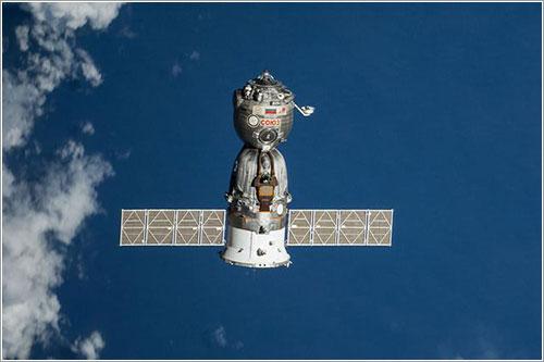 La TMA-12M a su partida de la EEI