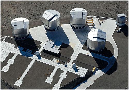 Los telescopios del VLT - ESO/G.Hüdepohl (atacamaphoto.com)