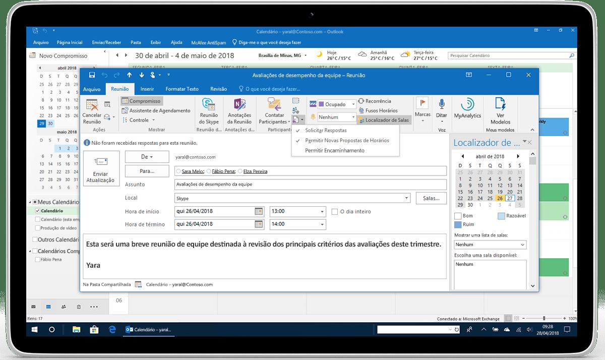 Um tablet exibe Opções de Resposta para uma solicitação de reunião no Outlook.