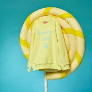 sudadera amarilla niño eva castro