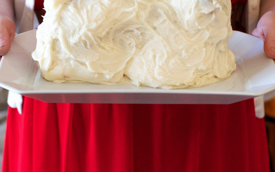 Reader's 2015 Lamb Cake Gallery and Vintage Cookbook Winner!