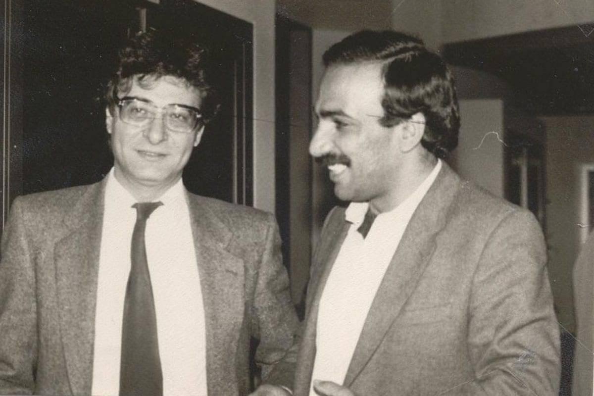 Mahmoud Darwish (L) and Adnan Al- Sayegh.