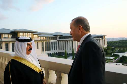 Turkish Prime Minister hails Bahraini monarch for coup solidarity