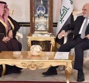 Saudi Arabian Ambassador Thamer al-Sabhan (L) with the Iraqi Foreign Minister Ibrahim al-Jaafari on January 14, 2016
