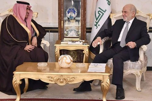 Saudi Arabian Ambassador Thamer al-Sabhan (L) with the Iraqi Foreign Minister Ibrahim al-Jaafari on 14 January, 2016