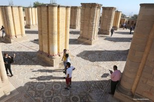 Tourists visit the historical Umayyad Palace which is the largest ancient mosaic in Middle East. 20th October 2016 [Issam Rimawi/Anadolu]