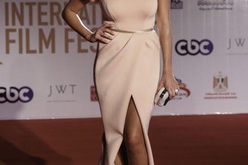 Actress Yasemin Sabri arrives at the closing ceremony of the 38th Cairo International Film Festival at the Cairo Opera House in Cairo, Egypt on 24 November 2016 [Ibrahim Ramadan /Anadolu Agency]