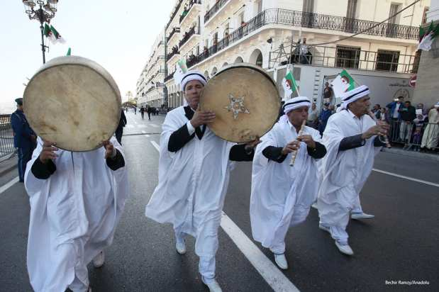 algeria after independence introduction: algeria was made a french colony from the 1830s and it was a very tough colonization for them however, after an almost 130-year colonization of violence and oppression from the french, algerians started to fight for their independence in 1954.