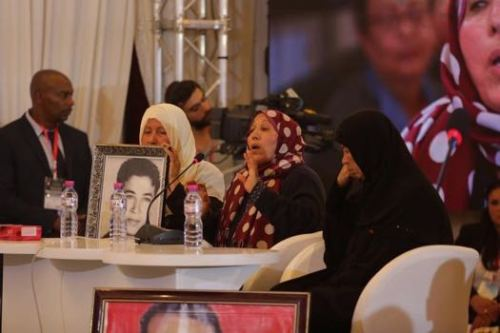 Relatives of torture victims on Day 1 of the public hearing of Tunisia's Truth and Dignity Commission [image: ictj.org]