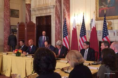 Image of Qatar and US delegations at the Economic & Investment Dialogue [Steve Lutes/Twitter]