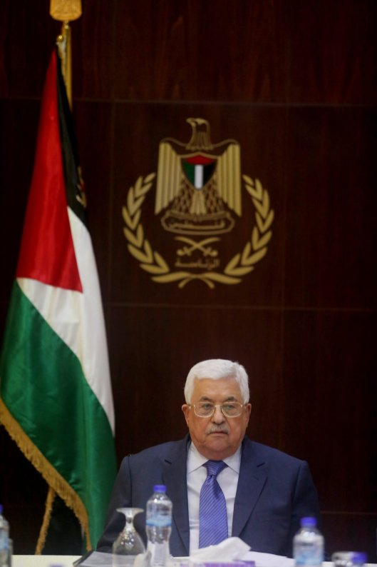 RAMALLAH, WEST BANK - FEBRUAR 13 : Palestinian President Mahmoud Abbas attends meeting of the executive board members of Palestine Liberation Organization (PLO) in Ramallah, West Bank on February 13, 2017. ( Issam Rimawi - Anadolu Agency )