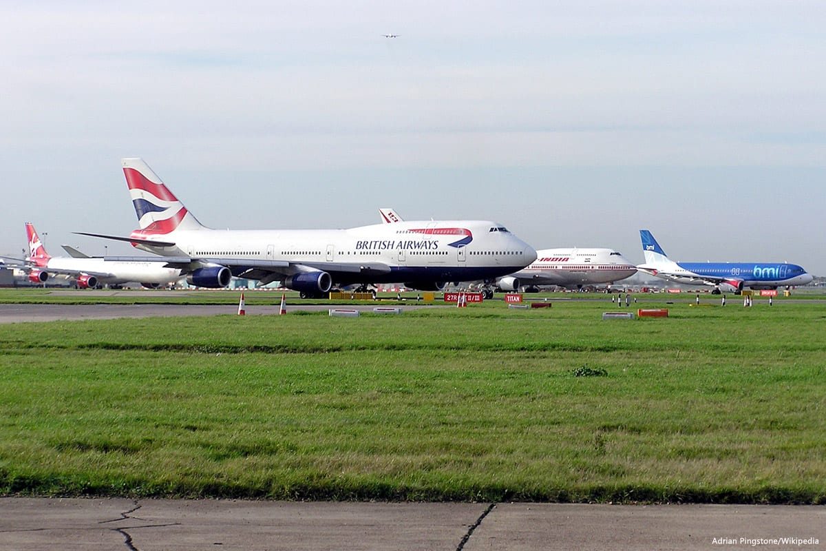 Image of an airport in London, UK [Adrian Pingstone/Wikipedia]