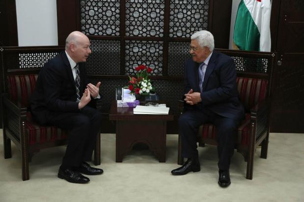 Palestinian President Mahmoud Abbas (R) receives US President Donald Trump's Assistant and Special Representative for International Negotiations, Jason Greenblatt (L) in Ramallah, West Bank on March 14, 2017 [Issam Rimawi/Anadolu Agency]