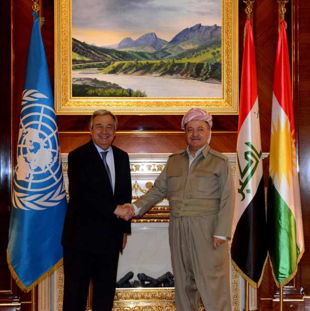 UN Secretary-General Antonio Guterres (L) meets with President of Iraqi Kurdish Regional Government (IKRG) Masoud Barzani (R) at Presidential Palace in Iraq on March 30, 2017. ( Hamit Hüseyin - Anadolu Agency )