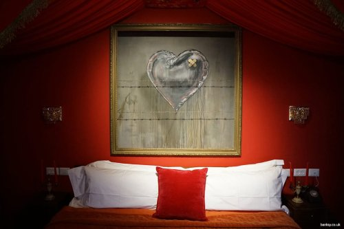 Image of Banksy's The Walled Off Hotel rooms in occupied Bethlehem [banksy.co.uk]