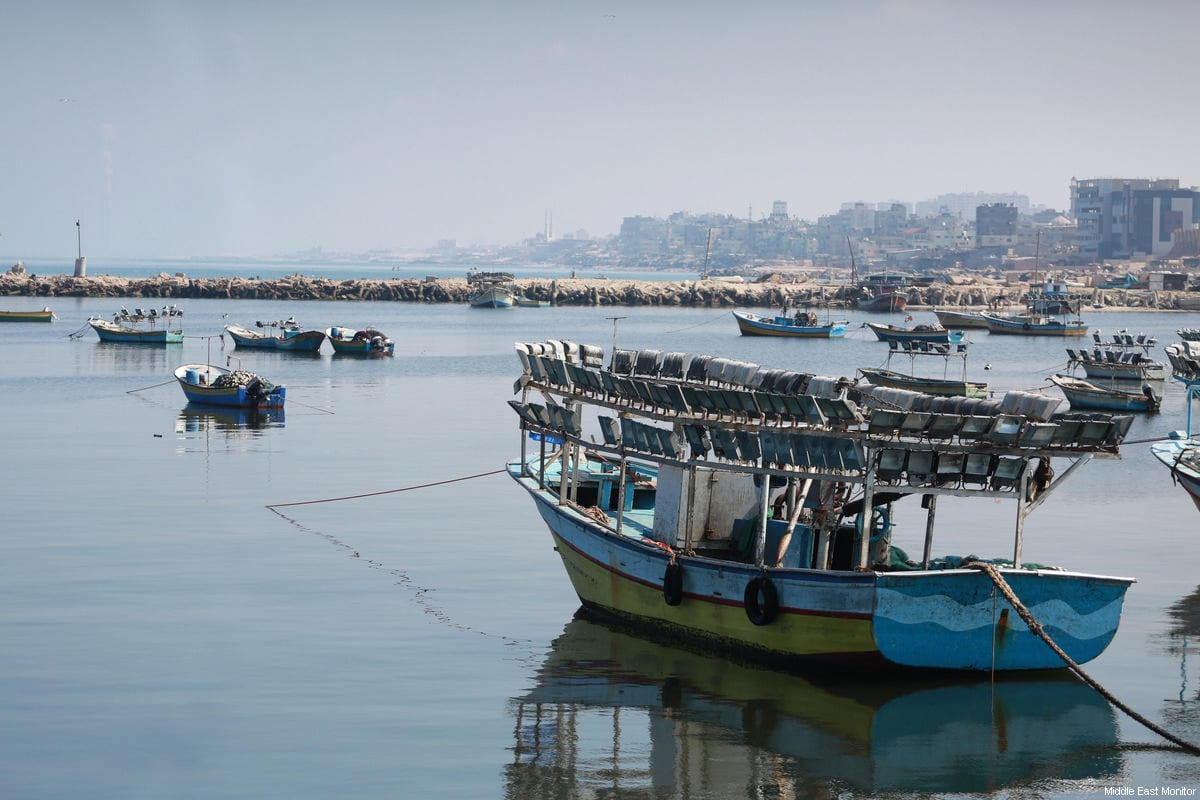 Gaza Fishing boars [Mohammed Asad / Middle East Monitor]