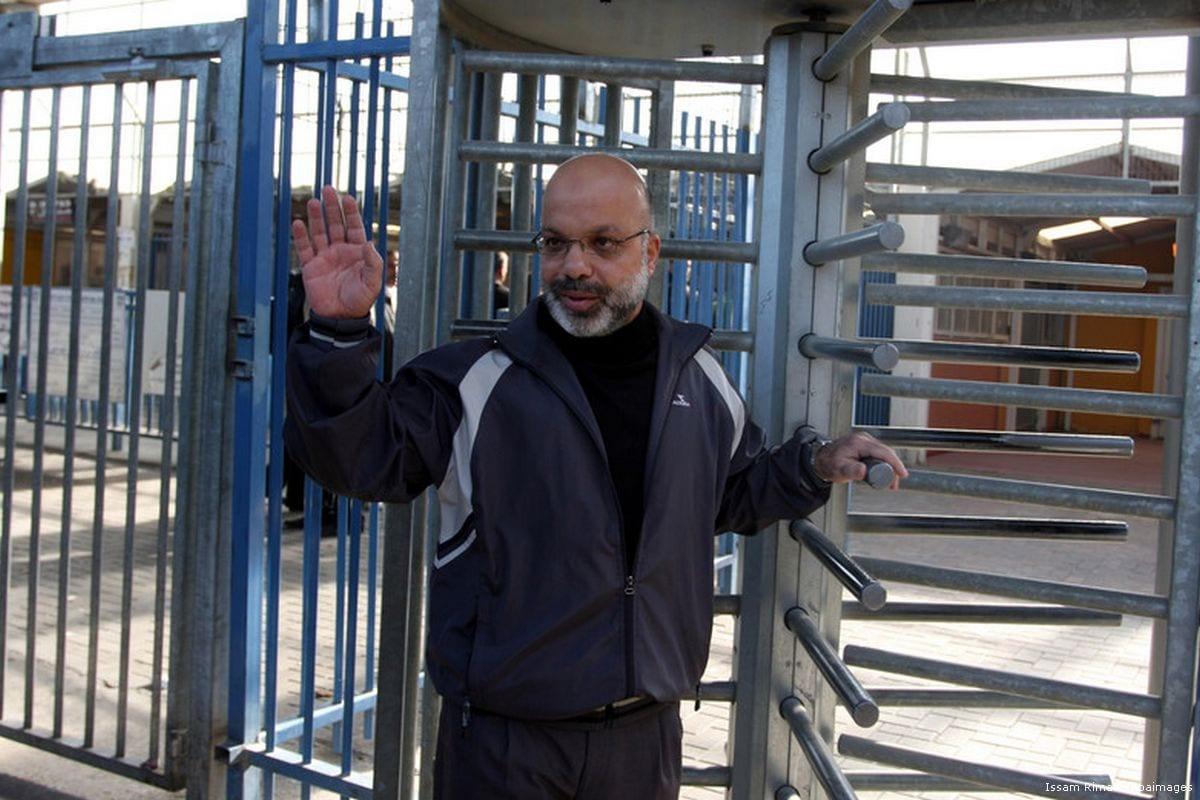 Image of Ahmad Attoun at Qalandiya checkpoint on 7 December 2011 [Issam Rimawi/Apaimages]