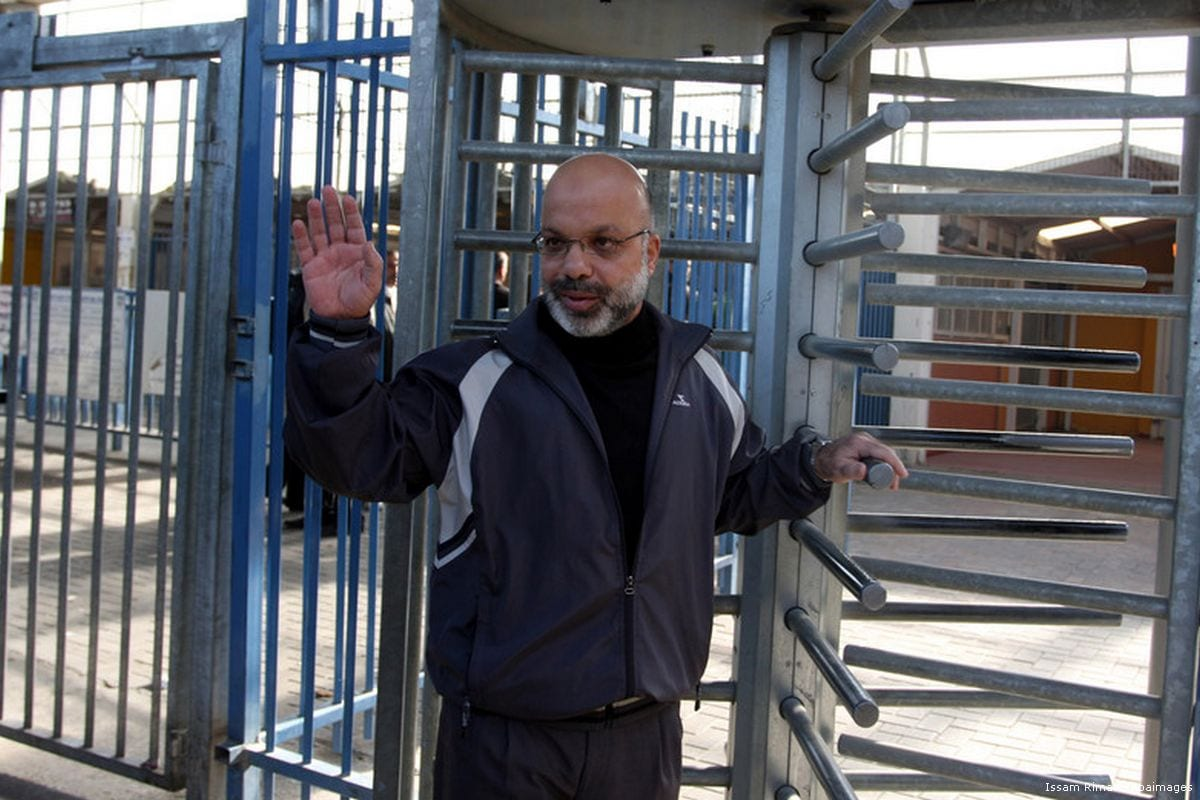 Image of Ahmad Attoun at Qalandiya checkpoint on 7 December 2011 [Issam Rimawi/Apaimages]