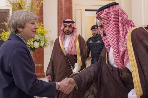 UK Prime Minister Theresa May (L) meets with Defence Minister of Saudi Arabia Mohammad Bin Salman Al Saud (R) in Riyadh, Saudi Arabia on 5 April, 2017 [Saudi Kingdom Council/ Anadolu Agency]