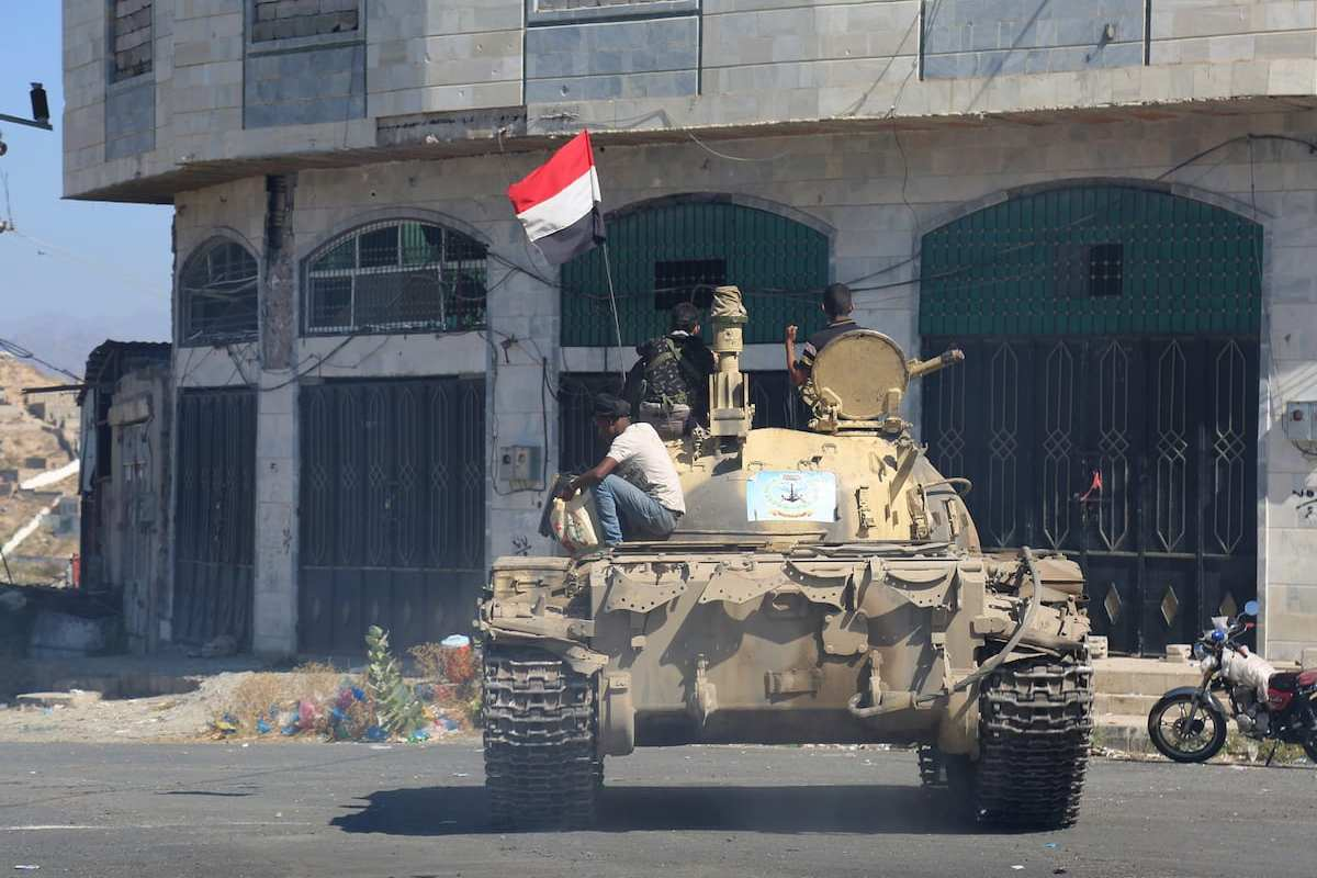 An armoured vehicle is seen as government forces clash with Houthis and pro- Saleh during an operation in Taiz province, Yemen on April 6, 2017 [Abdulnasser Alseddik /Anadolu Agency]