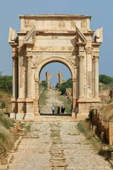 A view of an arch at the Leptis Magna in Libya. [Image: Flickr / Rob Glover]