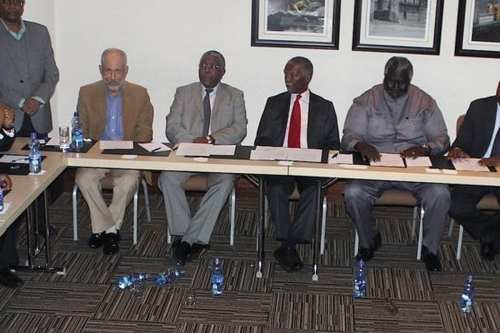 Delegates at the signing of the agreement on national dialogue [thabombekifoundation]